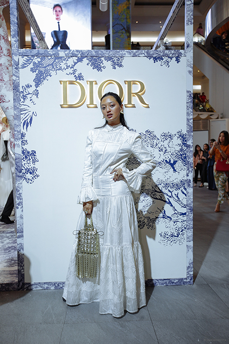 dior pop up butik plaza indonesia cruise collection