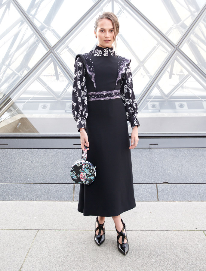 alilcia vikander indya moore Louis Vuitton fall winter 2019 show